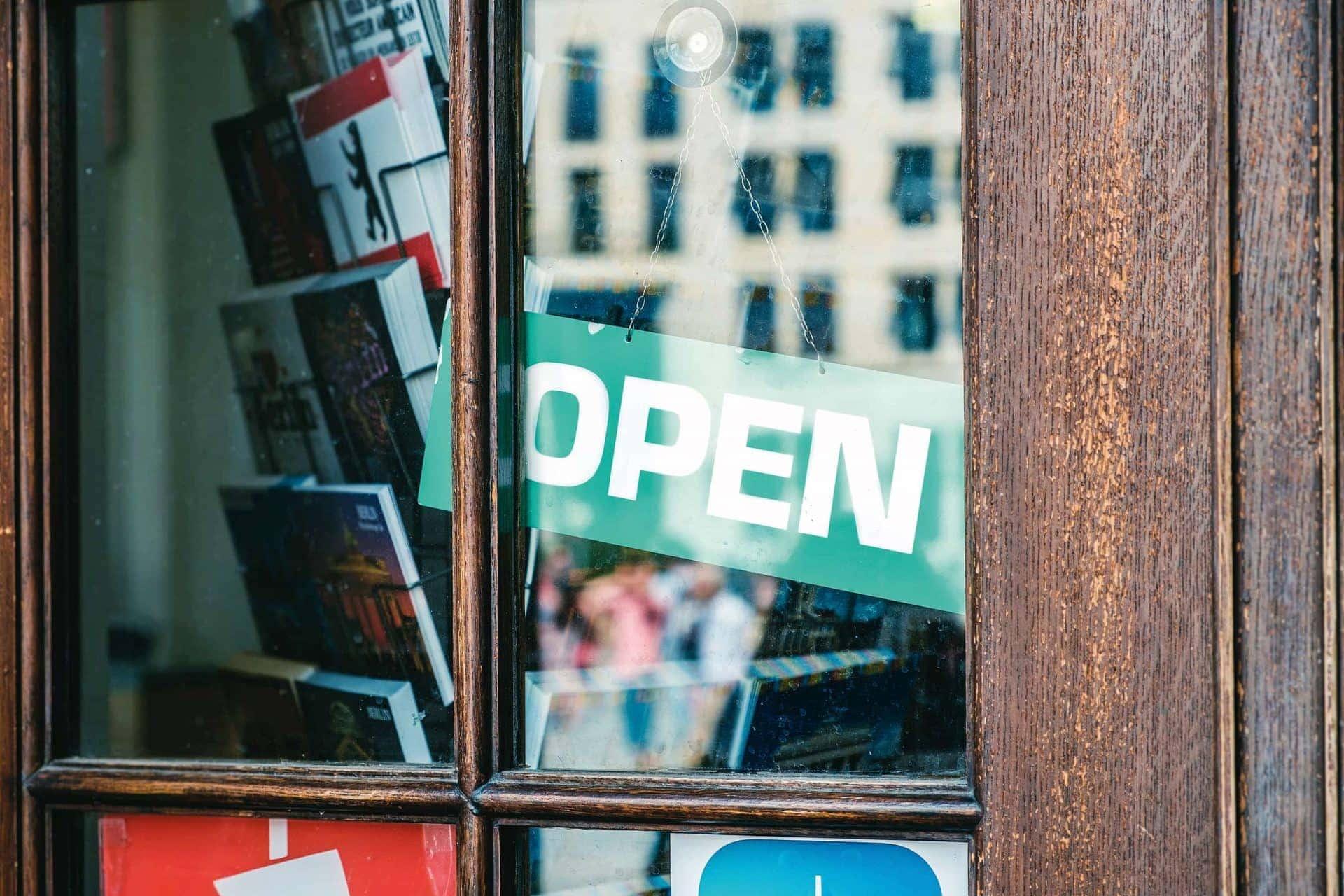 Türschild: Open