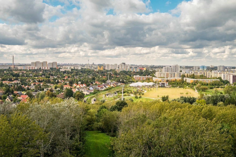 Berlin: Grünflächen und Wohnsiedlung