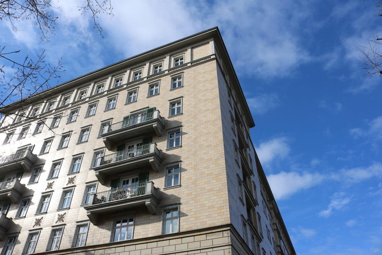 Bauen, kaufen, deckeln für bezahlbare Mieten 1