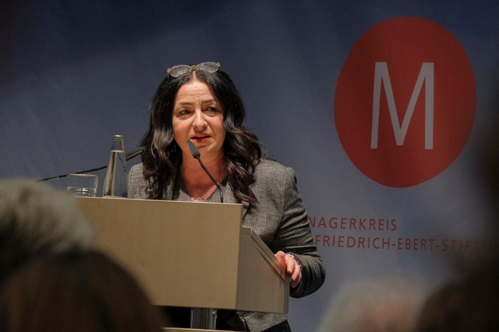 Dilek Kolat ei der Veranstaltung Medropolis