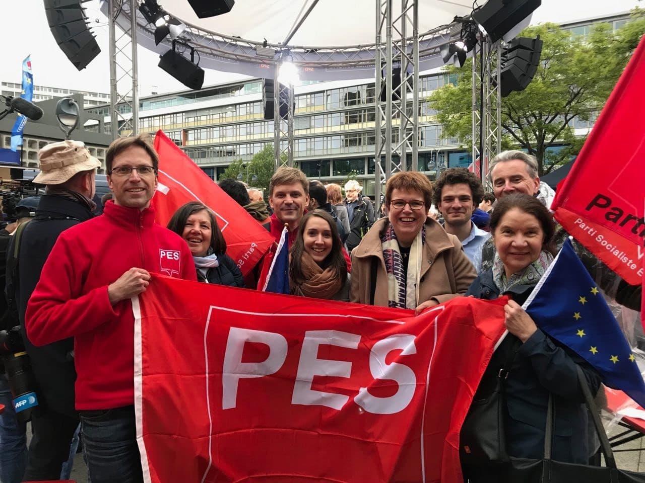 Berliner SPE-Aktivist*innen mit Gaby Bischoff