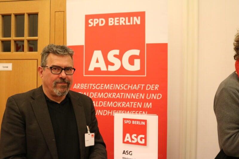 Boris Velter beim Neumitgliedertreffen der SPD Berlin im Rathaus Charlottenburg