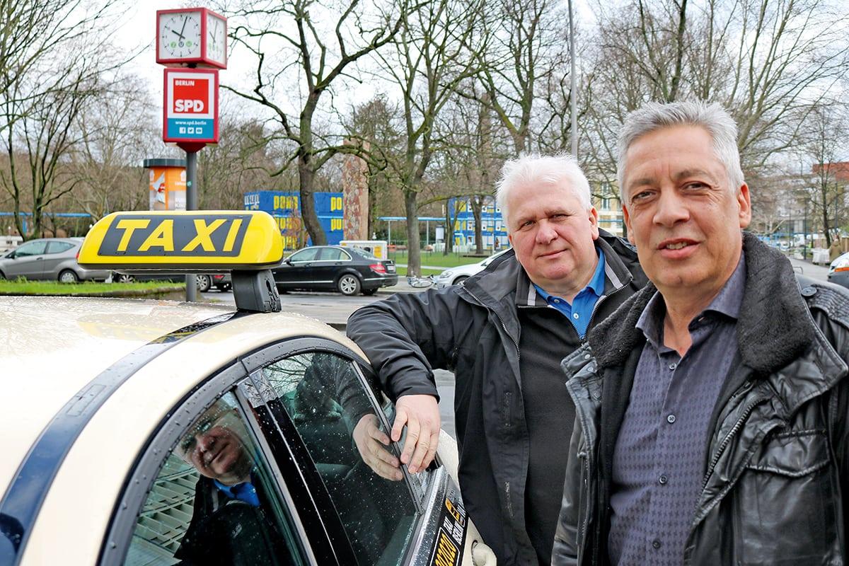 Leszek Nadolski und Carsten Reichert von der Berliner Taxi-Innung.