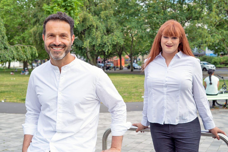 Mara Geri (l.) und Alfonso Pantisano von der SPDqueer Berlin