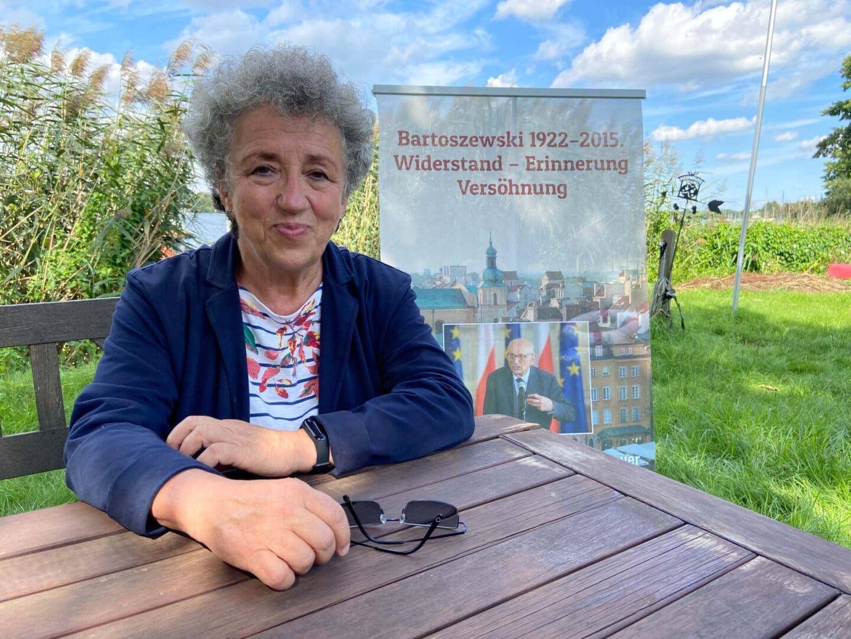 Anita Baranowska-Koch von der Bartoszewski-Initiative