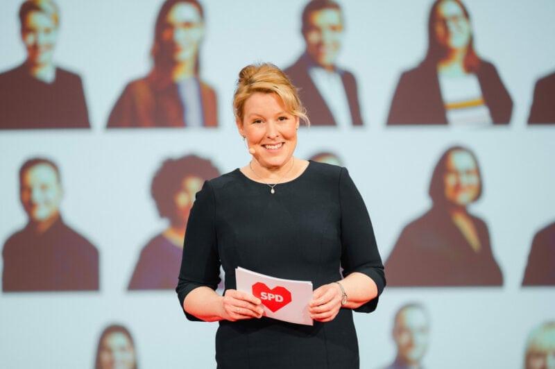 SPD-Spitzenkandidatin Franziska Giffey auf dem zweiten digitalen Parteitag der Berliner SPD.