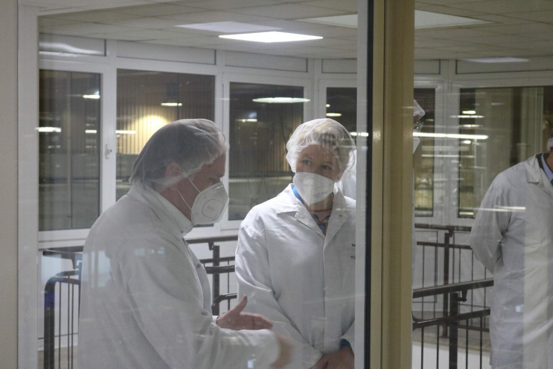 Franziska Giffey zu Besuch bei der Freiberger Lebensmittel GmbH.
